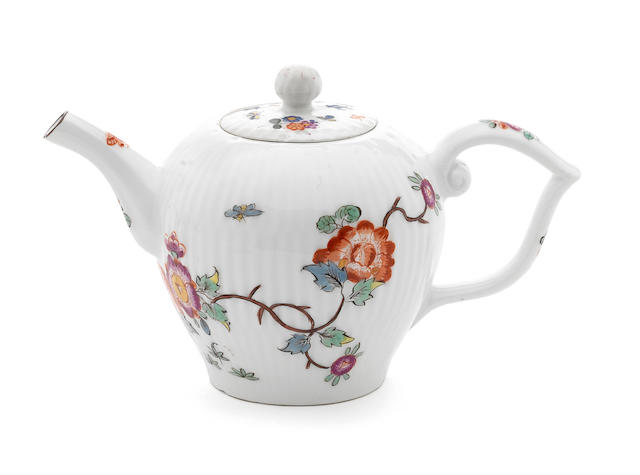 A Meissen fluted teapot and cover decorated with Kakiemon sprays