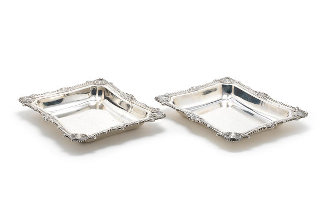 A pair of William IV silver serving dishes by William Bateman, London 1836  (2)