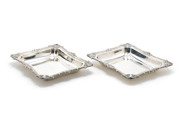 2 entree dish basins
