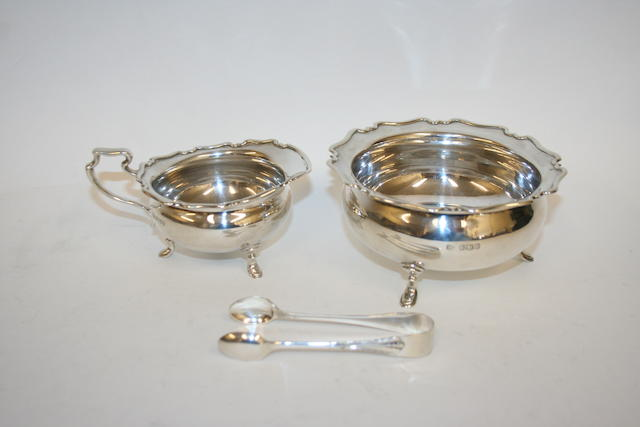 A silver sugar bowl and milk jug Sheffield 1919  (3)
