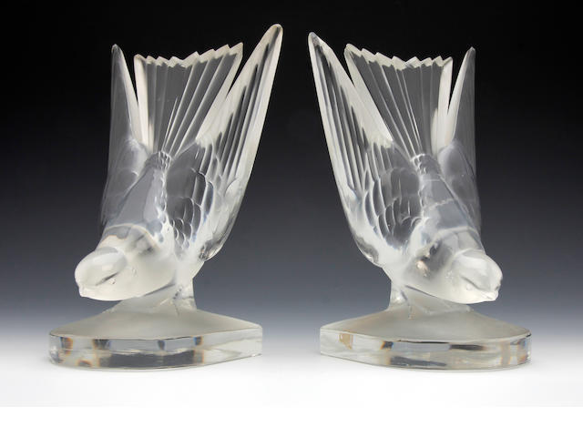 A pair of Lalique 'Serre-Livres Hirondelles' bookends Post War