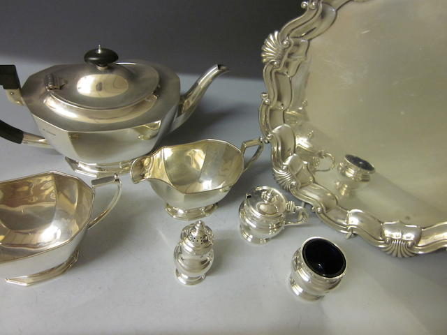 A silver three piece tea service,  by Northern Goldsmiths Company,  Sheffield 1939,   (7)