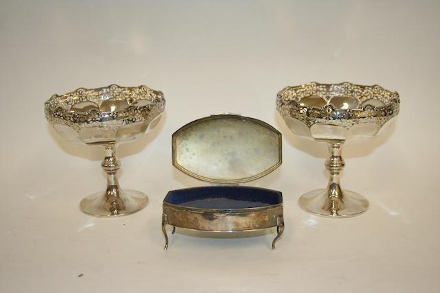 A silver oval trinket box Birmingham 1915