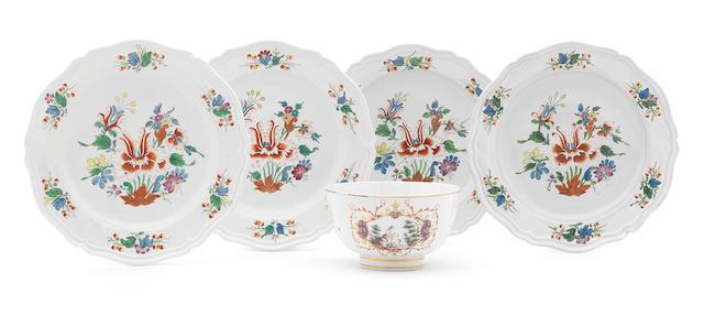 4 Ginori plates