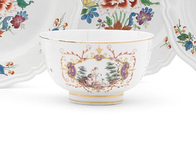A Doccia slop bowl, circa 1770