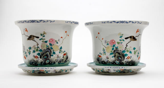 A pair of Chinese famille rose Jardinière and stands 20th Century