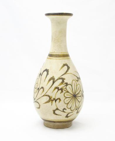 A Chizhou style pottery vase Possibly Thai circa 14th century