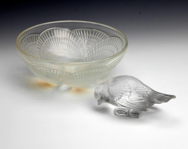 A René Lalique 'Coquilles' design opalescent glass bowl, circa 1924