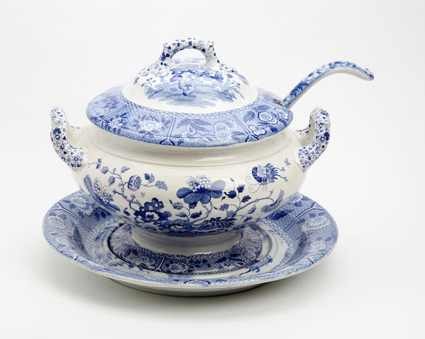 A Spode 'India' pattern soup tureen, cover and stand, and a blue-printed ladle Circa 1820-30