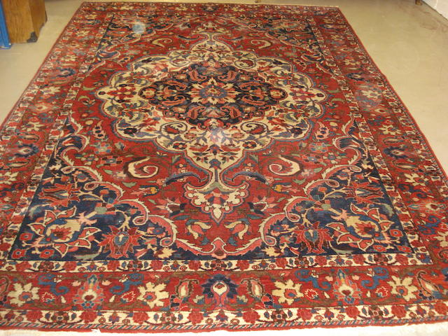 A Bakhtiar carpet, West Persia, 313cm x 213cm