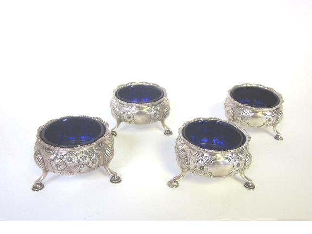 A set of four Victorian  silver cauldron salts by William Robert Smily, London 1852  (4)