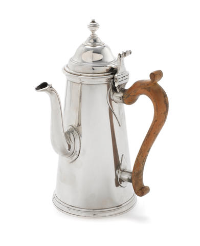 An 18th century style Britannia standard silver side handle coffee pot maker's mark 'W.W' in conjoined circles, London 1968