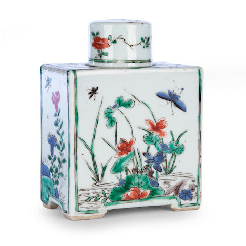 A famille verte rectangular tea caddy and cover Kangxi