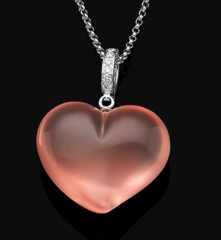 A quartz and diamond pendent necklace