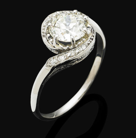 An Edwardian diamond ring,