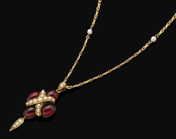 An antique garnet and pearl pendant,