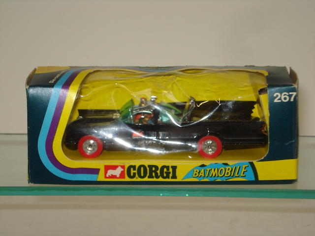 Rare Corgi 267 Batmobile with red WhizzWheels