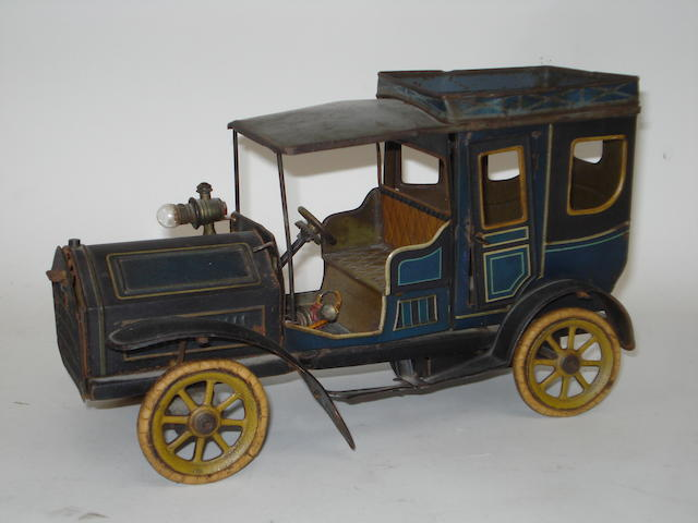 Bing c/w Limousine with electric light, circa 1909