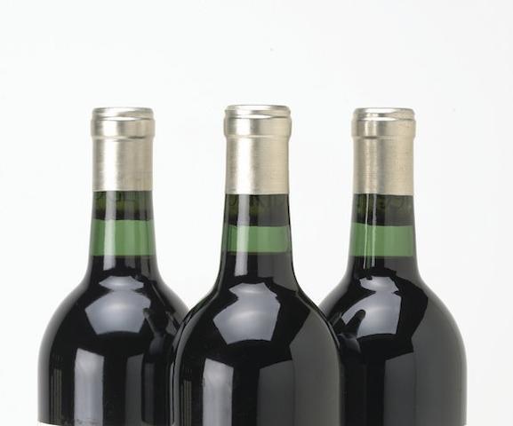 Château Cheval Blanc 1982 (1)<BR />Château Cheval Blanc 1983 (1)<BR />Château Cheval Blanc 1986 (3)<BR />Château Cheval Blanc 1990 (1)