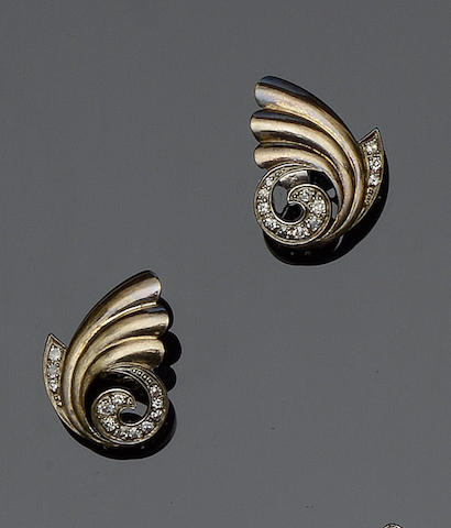 Two pairs of diamond set earstuds  (2)