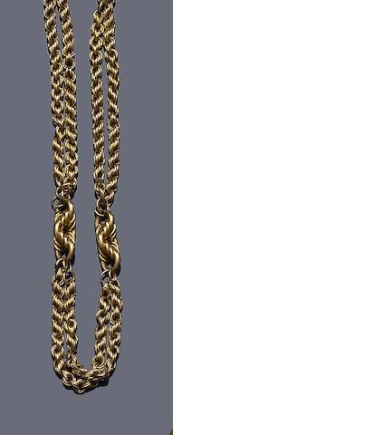 A fancy ropetwist-link necklace