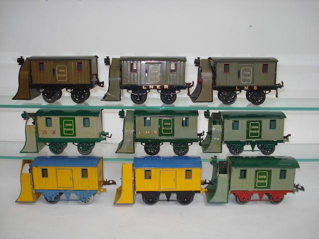 Hornby Series Snow Ploughs 9