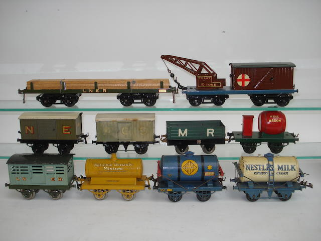 Hornby Series rolling stock 10