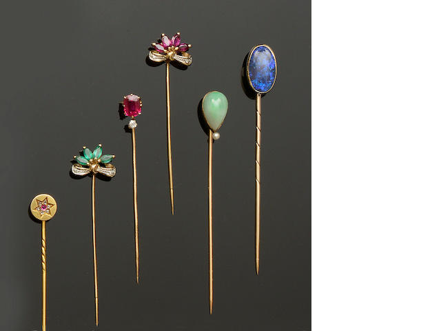 A collection of six stickpins (6)