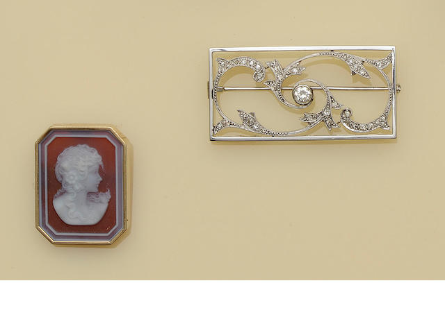 A diamond plaque brooch (2)
