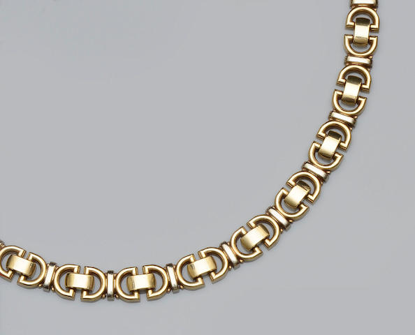 A 9ct gold necklace