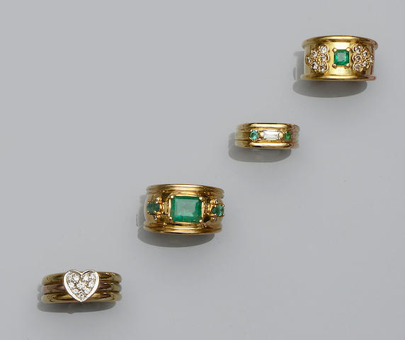 A collection of emerald and diamond set rings  (5)