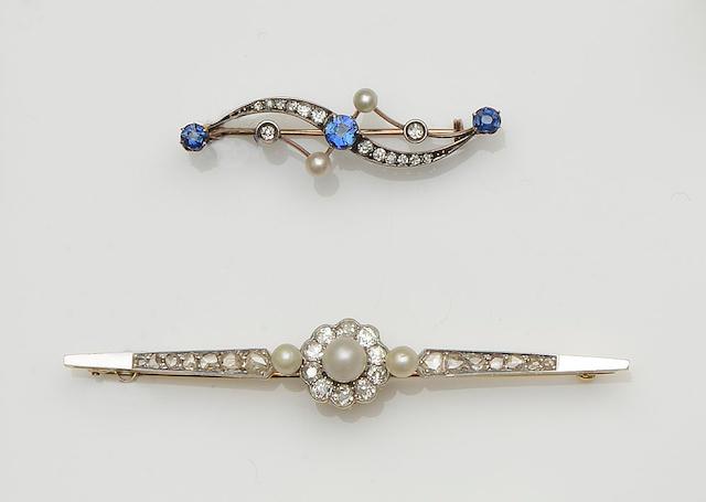 Two vari gem-set bar brooches (2)