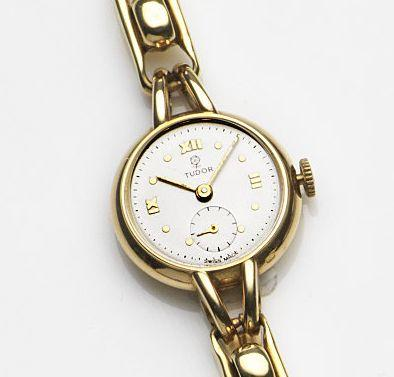 Tudor. A lady's 18ct gold manual wind bracelet watch Ref:790, Case No.915774, Circa 1979