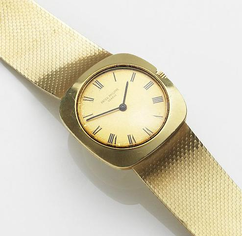 Patek Philippe. An 18ct gold manual wind bracelet watch Ref:3543/2, Case No.2679337, Movement No.1152050, Circa 1972