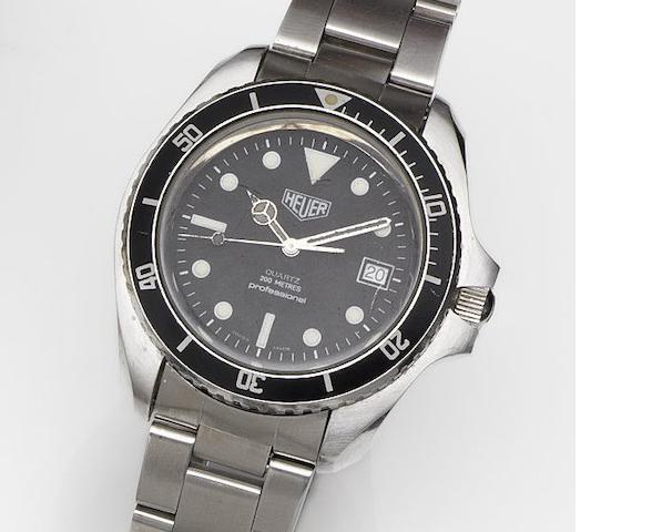 Heuer. A stainless steel quartz calendar bracelet watch Diver, Ref:980.006, Case No.881, Circa 1982