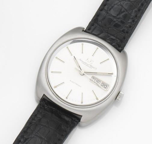 IWC. A stainless steel quartz calendar wristwatch Circa 1980