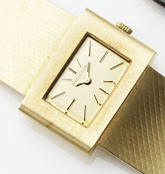 Jaeger-LeCoultre. An 18ct gold manual wind bracelet watch Ref:6013, Case No.1223682A, Circa 1975