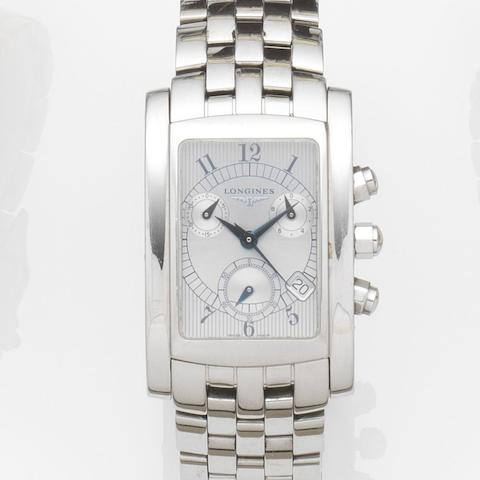 Longines. A stainless steel quartz chronograph calendar wristwatch Dolce Vita, Ref:L5.656.4, Case No.29038955, Movement No.251471, Sold 27th July 1999