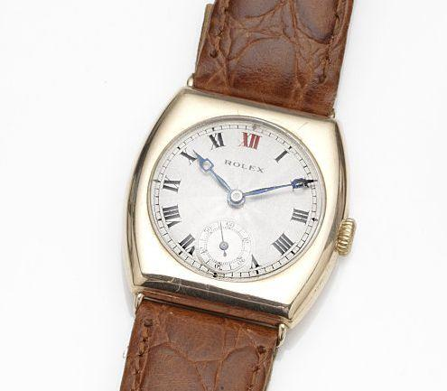 Rolex. A 9ct gold manual wind wristwatch London Hallmark for 1923