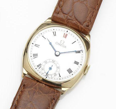 Omega. A 9ct gold manual wind wristwatch Case No.43098, Movement No.9055304, Birmingham Hallmark for 1939