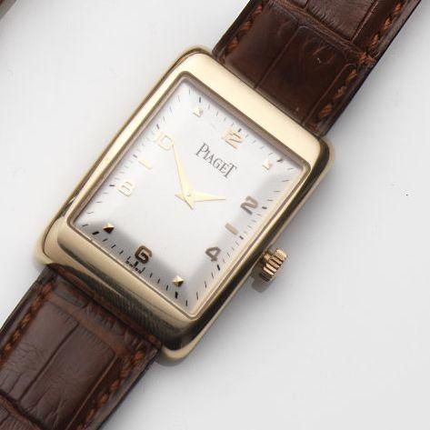 Piaget. An 18ct gold manual wind wristwatchMecanique, Ref:9952, Case No.638895, Movement No.9410395, Sold 18th February 1997