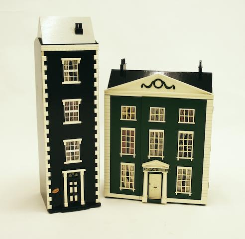 A third quarter 20th century Georgian-style double fronted town house doll's house, 2