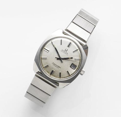 Omega. A stainless steel automatic calendar bracelet watchSeamaster Cosmic, Ref:165.022, Sold 10th October 1987