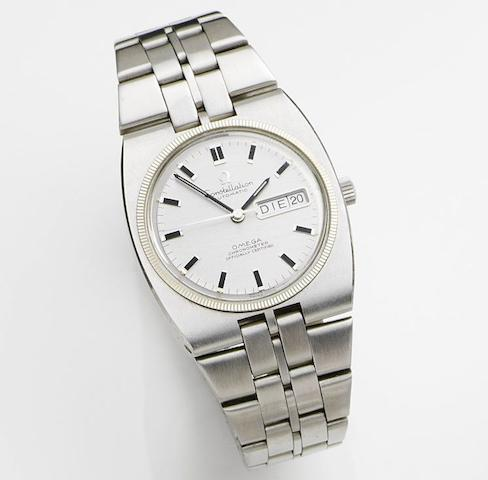 Omega. A stainless steel automatic calendar bracelet watchConstellation, Ref:168.045, Movement No.31968917, Circa 1970