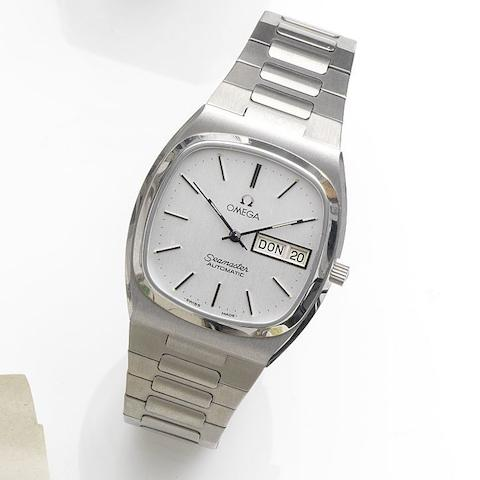 Omega. A stainless steel automatic calendar bracelet watchSeamaster Automatic, Movement No.3957857, Sold 25th February 1986