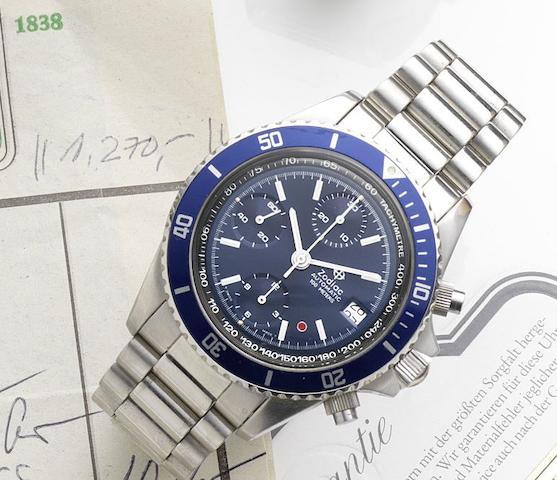 Zodiac. A stainless steel automatic calendar chronograph bracelet watch Ref:406.24.38, Circa 2000