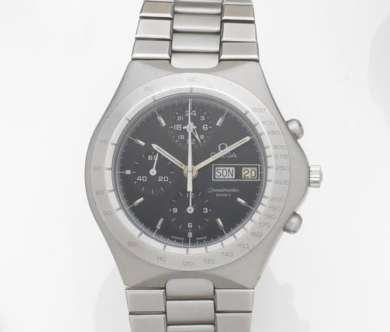 Omega. A stainless steel automatic calendar chronograph bracelet watch Speedmaster Mark V, Ref:376.0806, Movement No.48015461, Made for the German market Circa 1984