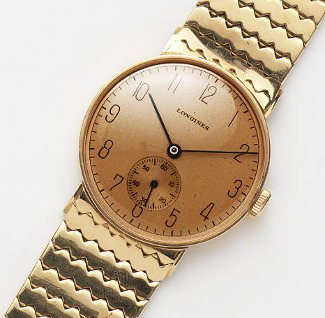 Longines. An 18ct gold manual wind bracelet watchCase and Movement No.6351152, Circa 1943