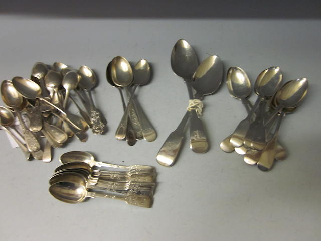 Twelve Victorian fiddle pattern teaspoons,  London 1892,   (Qty)