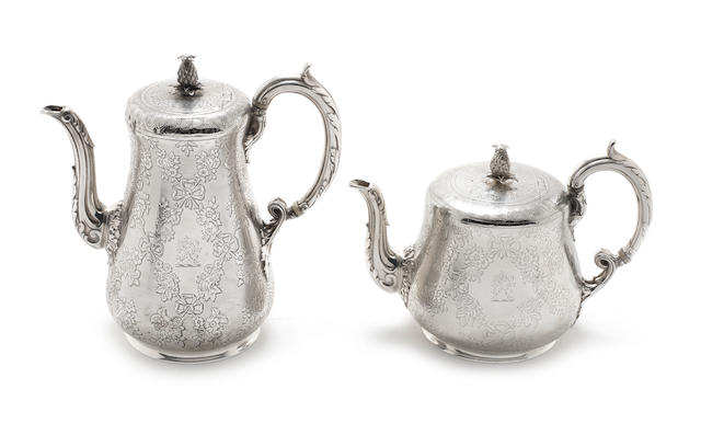 A Victorian silver  tea pot and coffee pot by Edward & John Barnard, London 1864  (2)